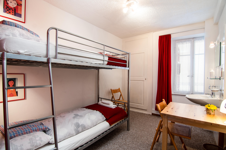 Weisses Rössli- Bunk room 1